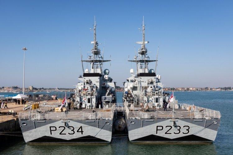 İki İngiliz savaş gemisi, Hint-Pasifik Bölgesi'ne doğru yola çıktı