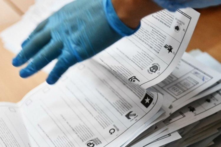 Seçim pusulalarının 25'i açıldı! Birleşik Rusya Partisi birinci sırada