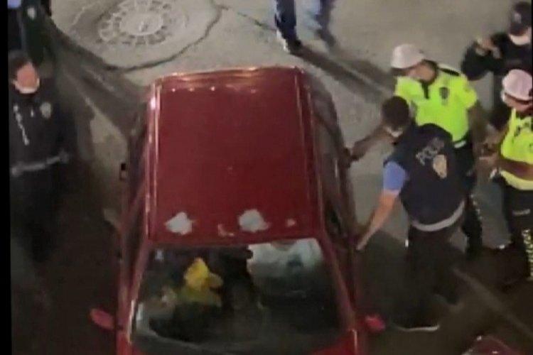 Erzurum'da alkollü şahıs aracını polislerin üzerine sürdü!