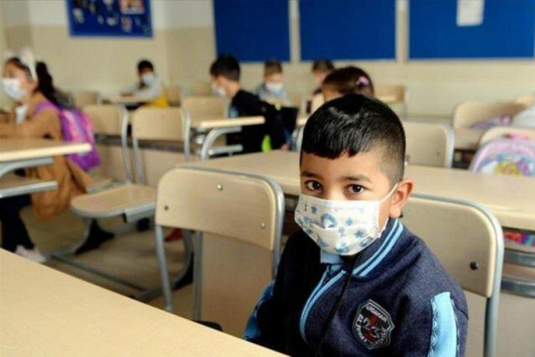 6 Eylül'den bu yana 872 okulda vaka tespit edildi, 774 sınıf kapatıldı