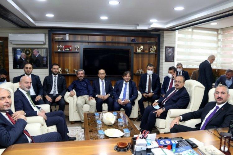 Adalet Bakanı Gül, Bursa'da Gemlik ve Orhangazi'yi ziyaret etti
