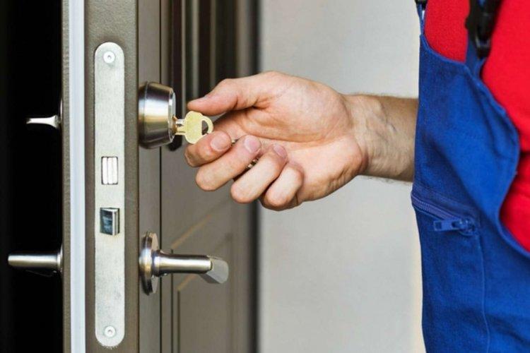 Bursa'da kilitli bir kapı ne kadara açılıyor? (ÖZEL HABER)