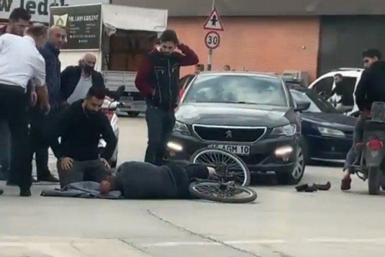 Bursa'da yaralanan sürücünün başında bekledi
