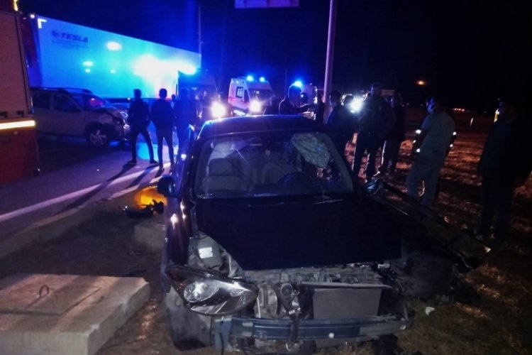 Çanakkale'de feci kaza: 4 yaralı