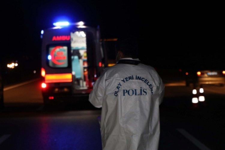 Polisten kaçan Afgan kaçak göçmen araba çarpmasıyla öldü!