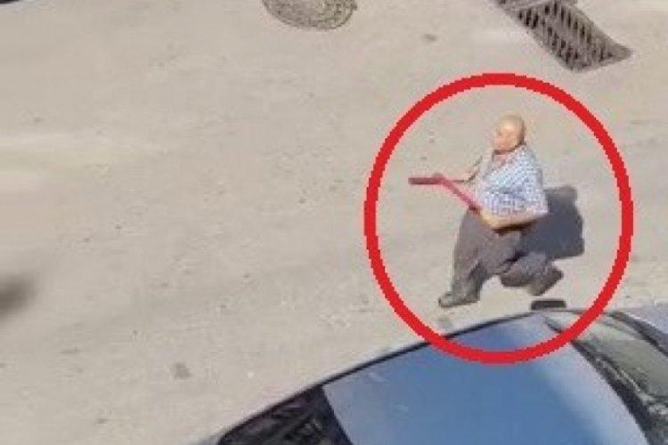 Bursa'da beyzbol sopalı araç park etme kavgası!