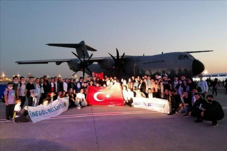Bursa'da İnegöllü gençler Teknofest'e hayran kaldılar