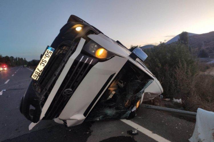 Konya'da kız isteme yolunda kazada yaralanan 17 kişi taburcu oldu