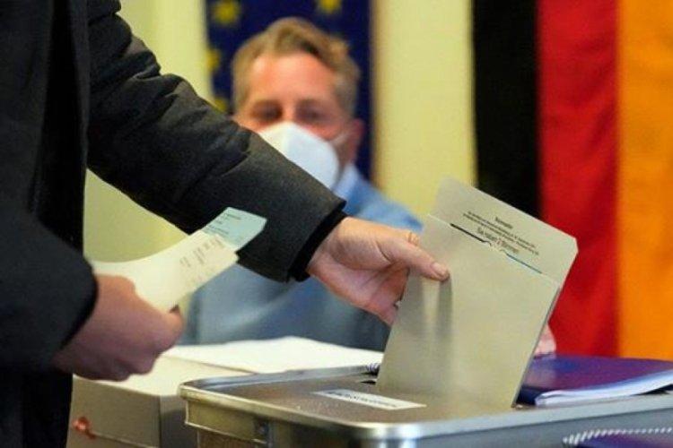 Almanya'da seçim sonuçları belli olmaya başladı