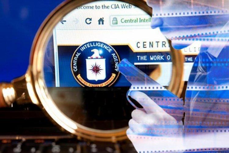 Yahoo News'tan bomba iddia: CIA, Rusya'nın Assange'ı kaçırmasını önlemek için Londra'da çatışmaya hazırdı!