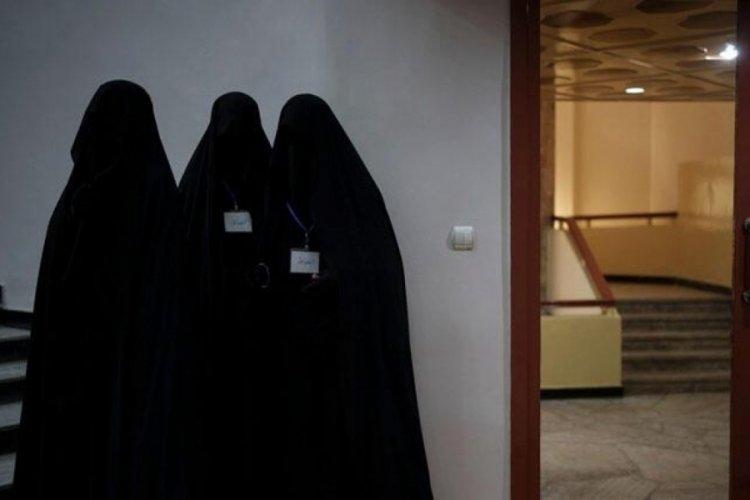 Taliban kadınların üniversiteye girişlerini süresiz yasakladı