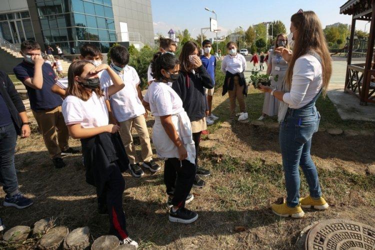 Bursa Nilüfer Belediyesi'nden okullara fide ve tohum desteği