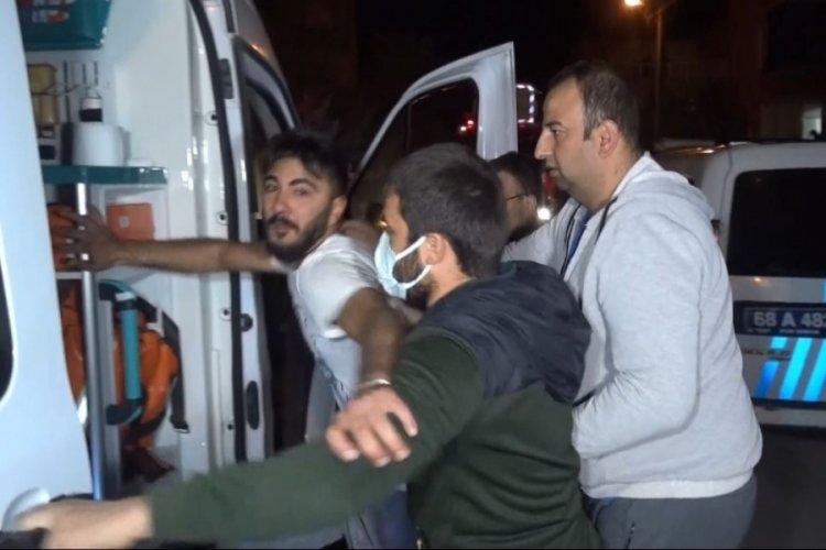 Aksaray'da sinir krizi geçiren şahıs kendini kilitlediği evi ateşe verdi