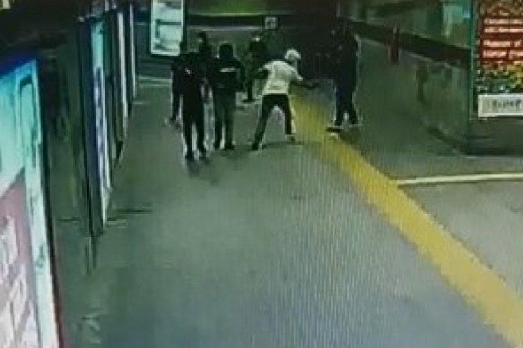 İstanbul Şişli'de iki kişiye kurşun yağdıran zanlı kamerada