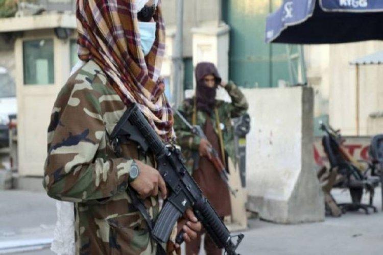 Afganistan'da camiye bombalı saldırı düzenlendi: Ölü sayısı 100'ü geçti