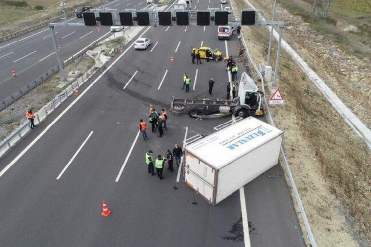 Kuzey Marmara Otoyolu'nda korkunç kaza: 1 ölü, 2 ağır yaralı