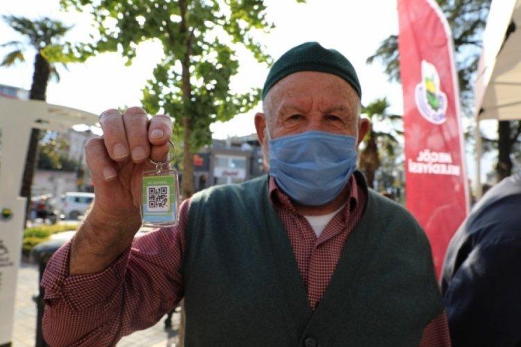 Bursa İnegöl Belediyesi'nden 65 yaş üzerine Hes Kodlu anahtarlık