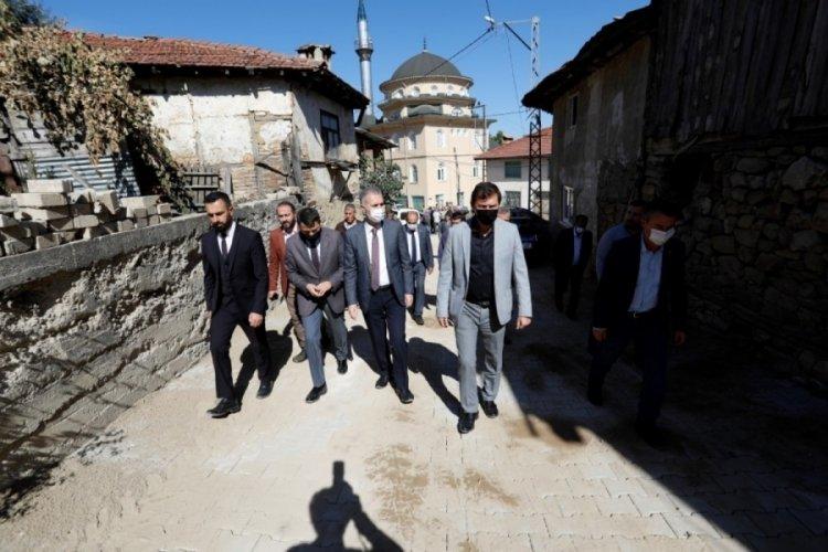 Bursa Kıran Mahallesinde yollar yenileniyor