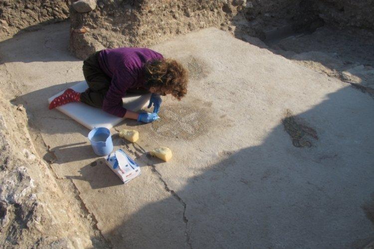Troya Ören Yeri'nde mozaik bulundu