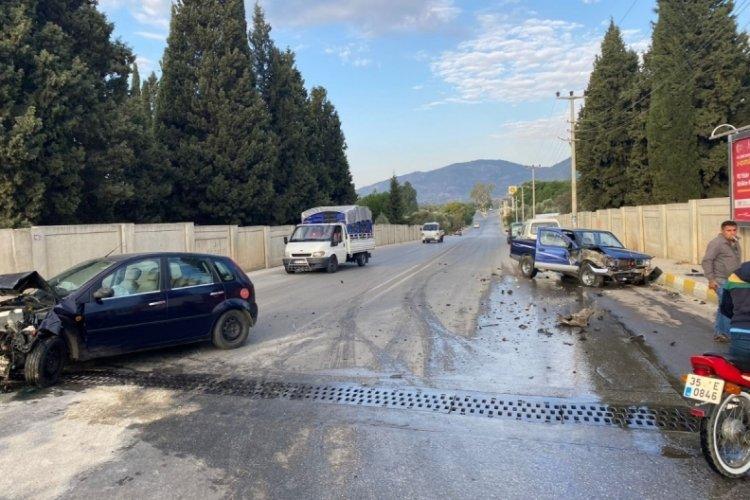 İzmir Bayındır'da trafik kazası