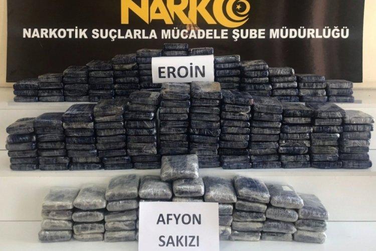 Gaziantep'te 87 kilogram eroin ve 30 kilogram Afyon sakızı ele geçirildi
