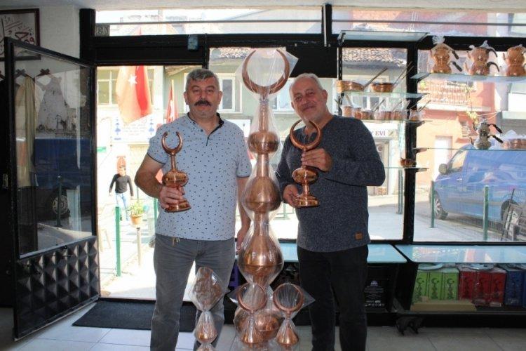 Bursa'da 130 yıldır alem yapıyorlar