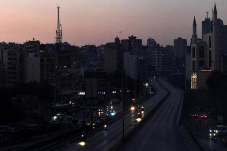 Elektrikleri tamamen bitti, Lübnan karanlığa gömüldü