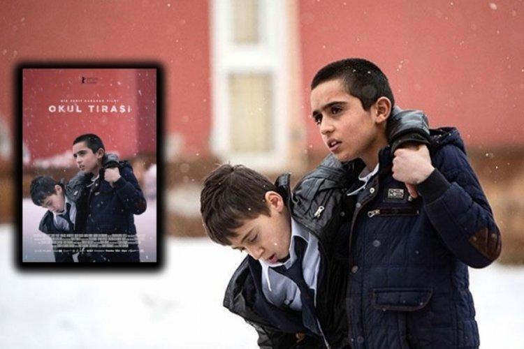 Antalya Altın Portakal Film Festivali'nde Okul Tıraşı En İyi Film Ödülü'ne layık görüldü