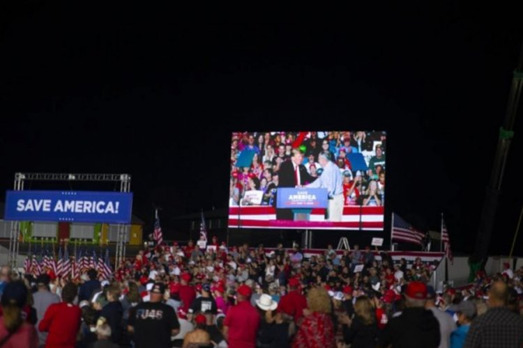 "Trump'tan yeni miting; ""Amerika'yı geri alacağız"" mesajı verdi"