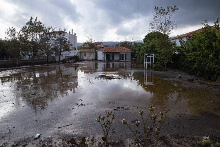 Yunanistan Eğriboz'u sel vurdu