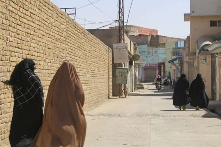 Taliban'ın kalesi Kandahar'daki Şiiler İran'ın etkisine kapalı