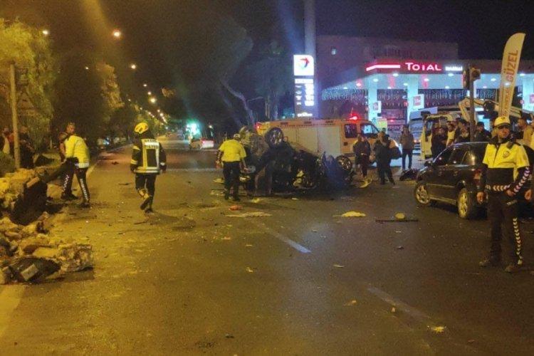 Aydın'da ciple çarpışan otomobil takla attı