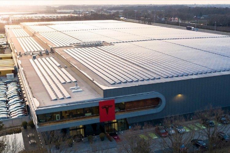 Tesla'dan Avrupa'ya fabrika