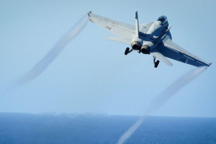Yunanistan'a 15 F-15 uçağı sevkiyatı yapıldı