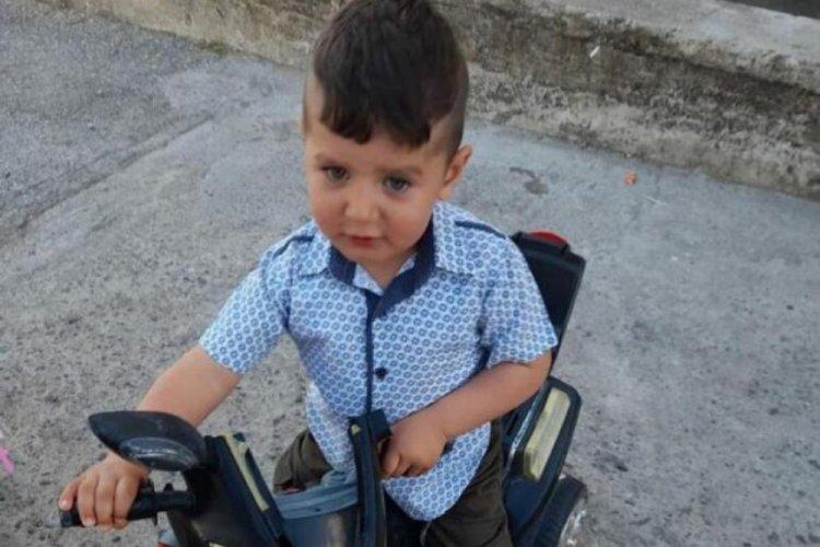 Kazada ölen 2 yaşındaki Emirhan'ın davasında savcı, bilirkişi raporunu önemsemedi
