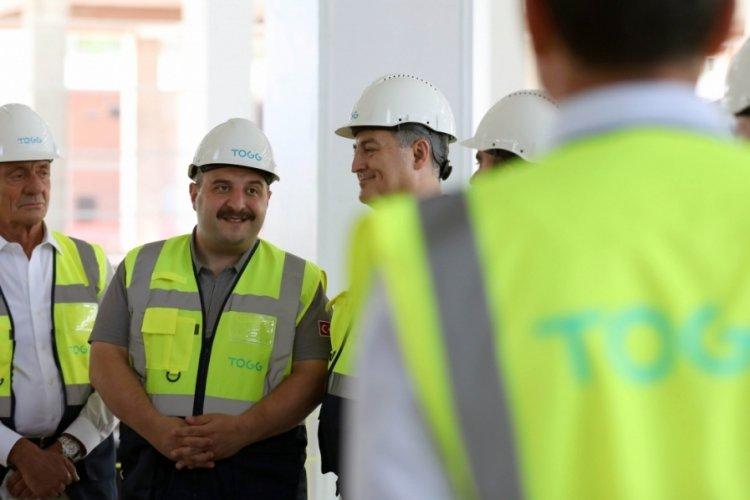 Sanayi ve Teknoloji Bakanı Varank'tan, TOGG'un üretim tesisi inşaatında inceleme