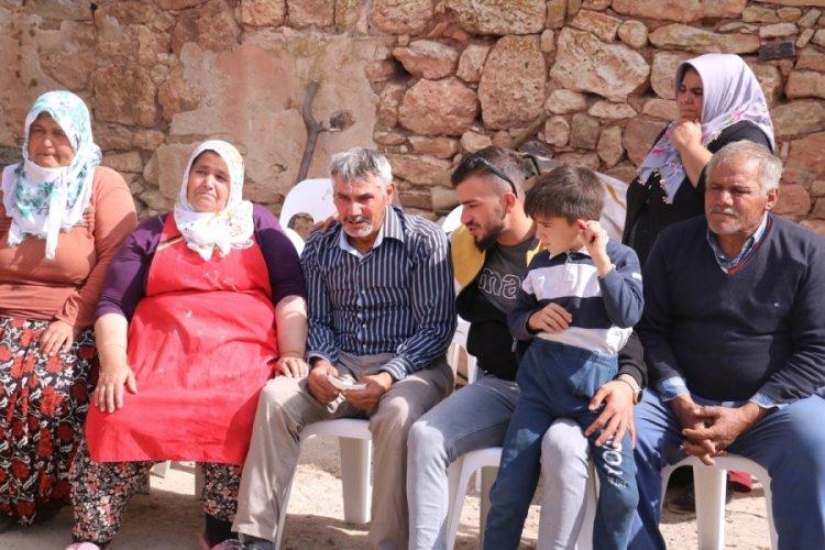 Afyonkarahisar'da 5 çocuğun öldüğü servisin kapısı iple bağlıydı iddiası!