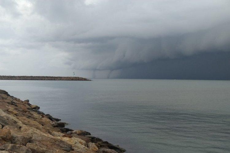 Edirne'de Enez sahili açıklarında 2 hortum oluştu