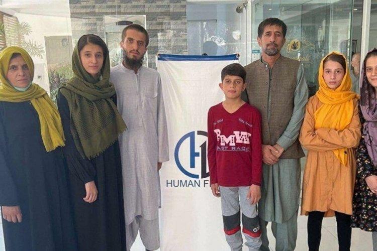 Biden'ın hayatını kurtarmasına rağmen geride bırakılan Afgan çevirmen, ülkeden ayrıldı