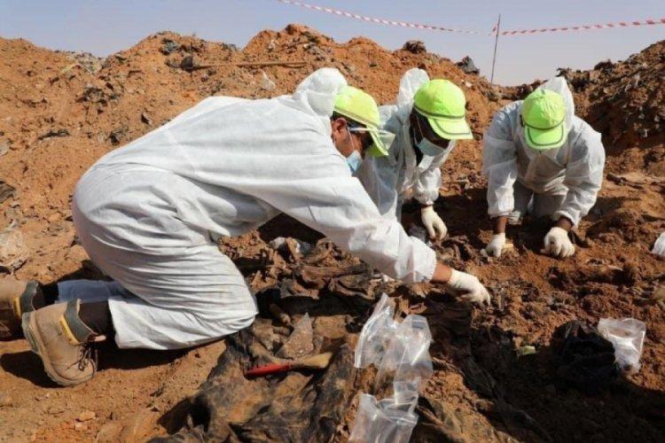 Libya'da toplu mezarlarda 25 kişinin cansız bedenine ulaşıldı
