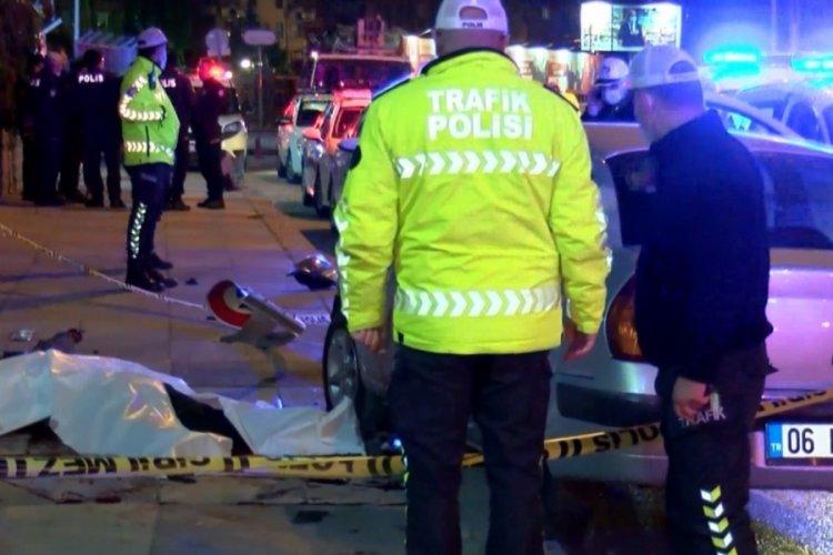 Ankara'da feci kaza: Otomobilden fırlayan sürücü öldü