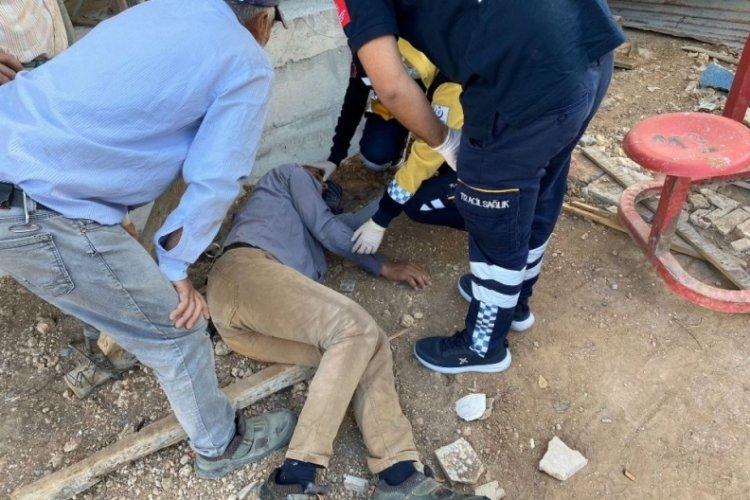 Adıyaman'da iskeleden düşen kalıp ustası yaralandı