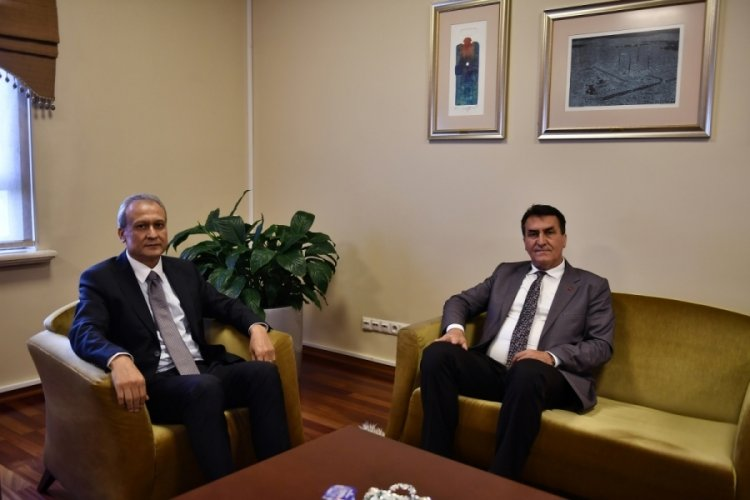 Kaymakam Partal'dan Bursa Osmangazi Belediye Başkanı Dündar'a iade-i ziyaret