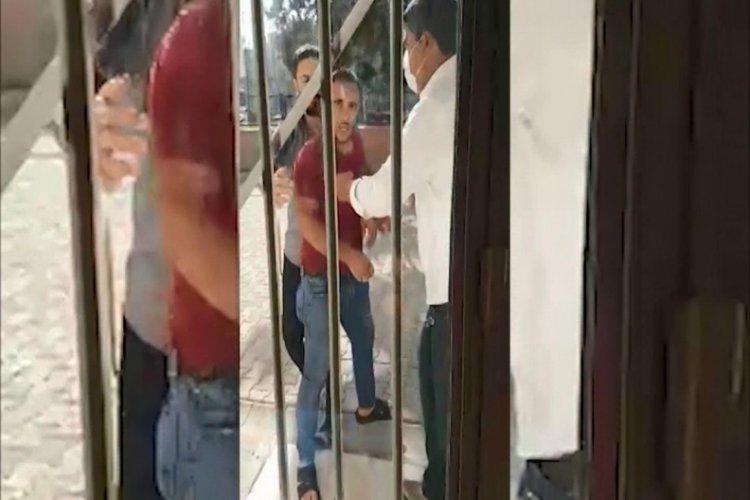 Şanlıurfa'da aile hekimiyle tartışıp, merkezin kapı ve pencerelerini tekmeledi