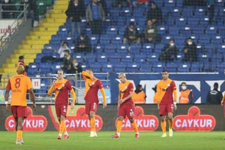 Galatasaraylı Sofiane Feghouli, Cezayir'de 2 maçta 1 gol 2 asist yaptı