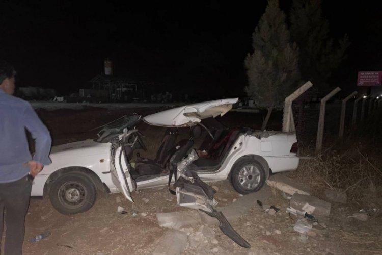Kepçenin otomobili biçtiği feci kazada 2 kişi öldü, 7 kişi yaralandı