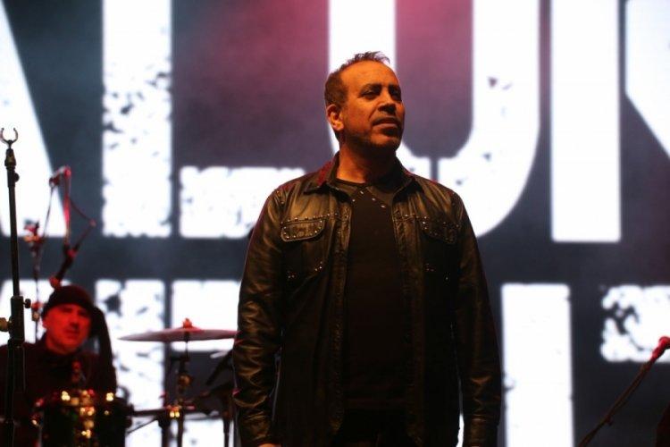 Haluk Levent, Ankara Gölbaşı'nda konser verdi