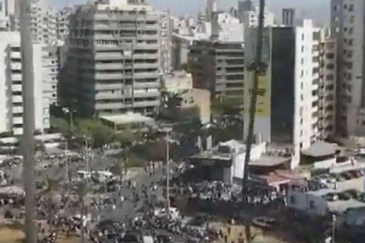 Beyrut'ta iki patlama sesi duyuldu
