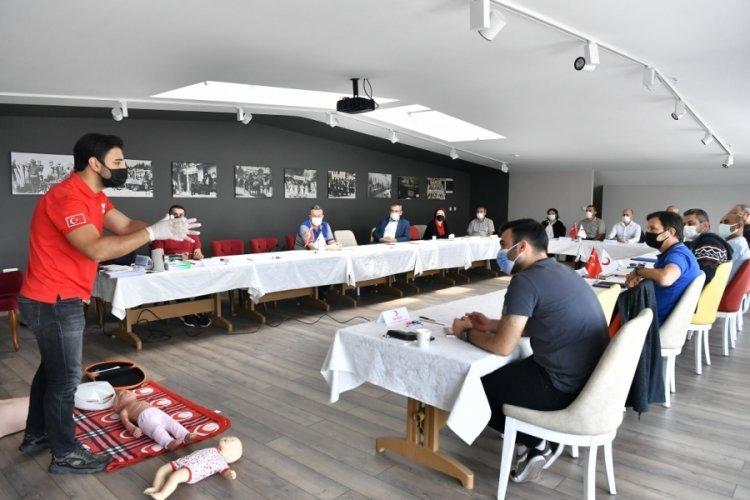 Bursa Osmangazi personeline Kızılay'dan ilk yardım sertifikası