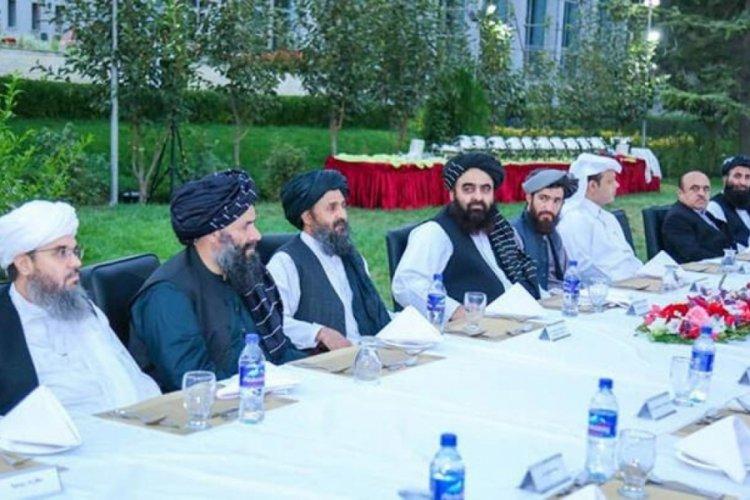 7 kişilik Taliban heyeti Türkiye'ye geldi